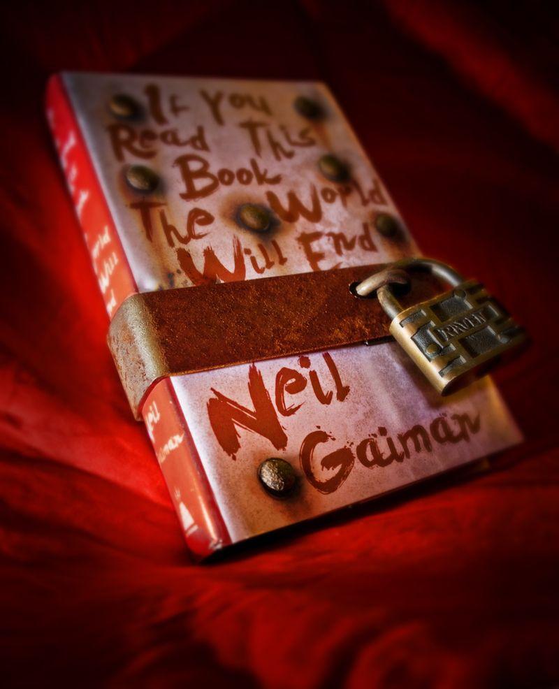 Gaiman_Book_Final_02